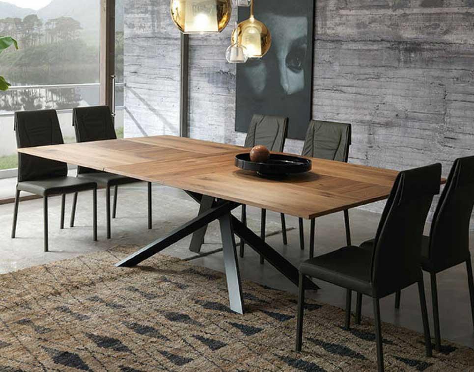 Excellent tavolo da pranzo per soggiorno with salotto con for Tavolo da pranzo con sedie